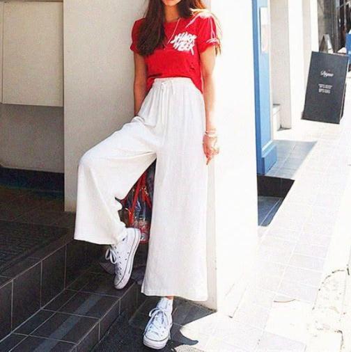 阔腿裤夏天怎么穿搭:显瘦时尚同时舒适和清凉