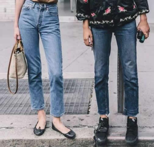 2019时尚牛仔裤穿搭图片:女神穿搭牛仔裤潮流趋势