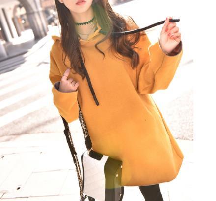 时尚青春有活力的卫衣:2018秋季最火单品穿不腻