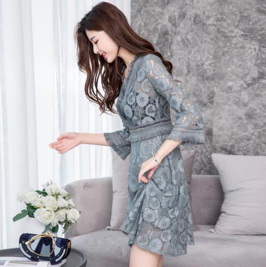 蕾丝连衣裙别致迷人:2018穿出你的女人味(图)
