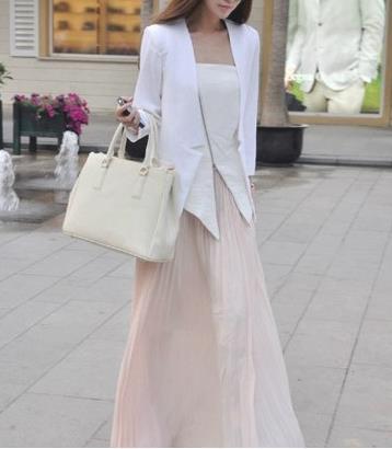 2018早春西装搭配半身长裙,时髦穿搭帅气优雅