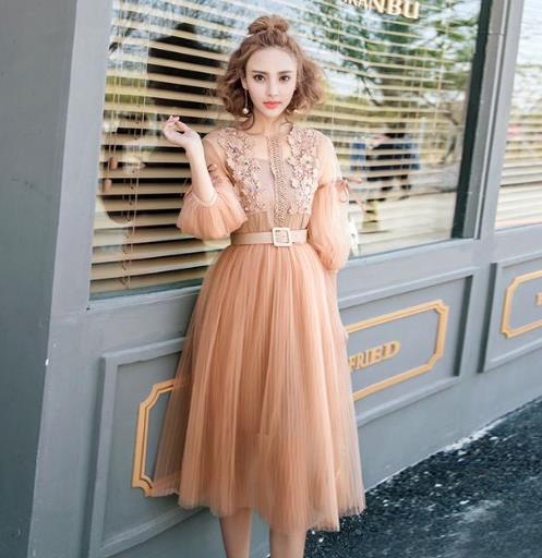 很仙的连衣裙搭配技巧 学会就能女人味十足