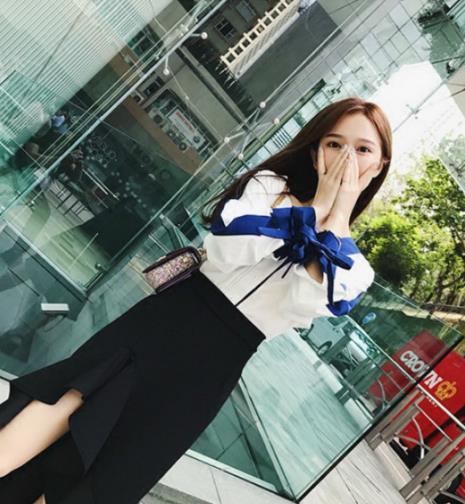 毛衣配半身裙是时下最流行的春季穿搭(图)