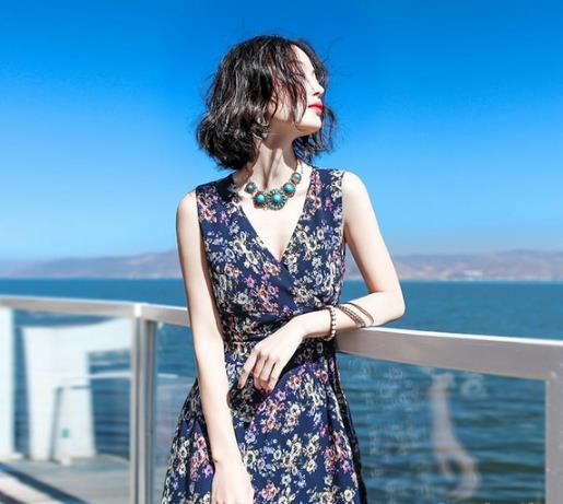 海边度假你需要一袭风情满满的波西米亚裙