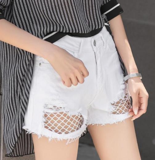 为什么现在的姑娘都爱穿短裤:显瘦又性感(图)