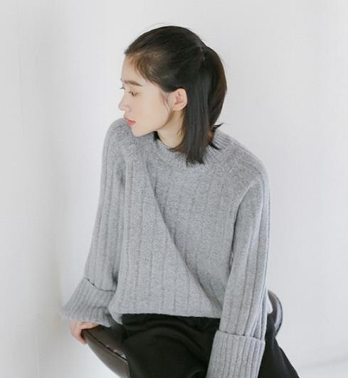 早春不知道怎么穿 让毛衣一周搭配不重样(图)