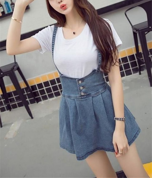 短裙吊带外套美女图片:吊带小短裙(组图)