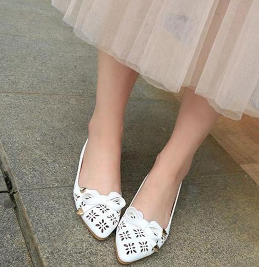 换上今年最流行的豆豆鞋 给你的脚放个假