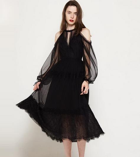 减肥来不及 这些小黑裙让你视觉减重十斤(图