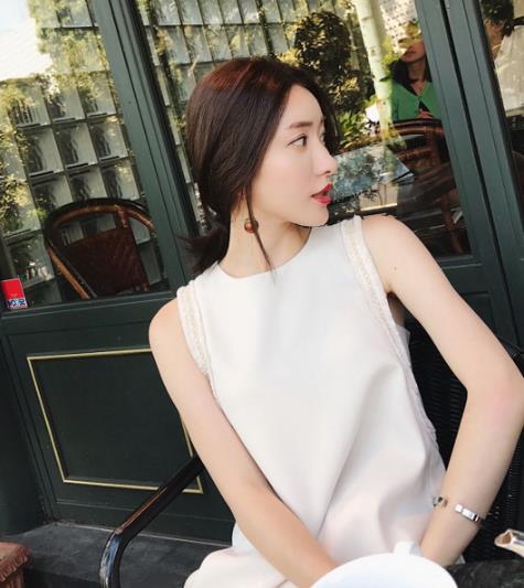 超好看的名媛小香风连衣裙搭配:知性优雅