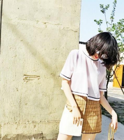春季新款衬衫连衣裙搭配 打造时尚文艺范