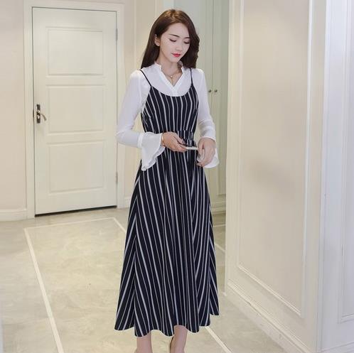 蕾丝吊带连衣裙两件套 凸显长腿和少女活力