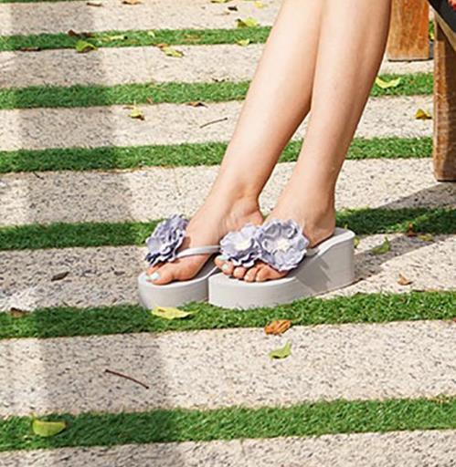 花朵休闲鞋的多种搭配 怎么搭都好看(图)