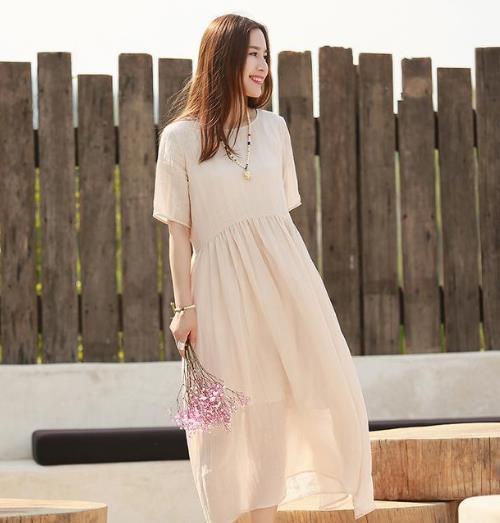 优雅性感的连衣裙才是女人的魅力所在(图)