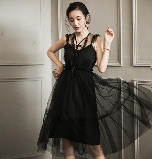 这6款连衣裙能将你的女人味表露无遗(图)