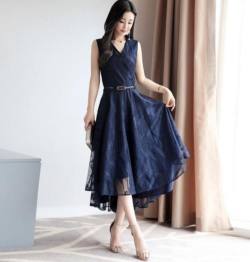 想要显瘦变高优雅性感就选条纹连衣裙(图)
