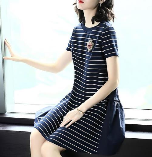 适合胖MM穿的条纹连衣裙 视觉显瘦显气质