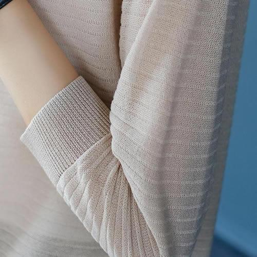 2018年春季新款开衫:简约百搭的条纹开衫