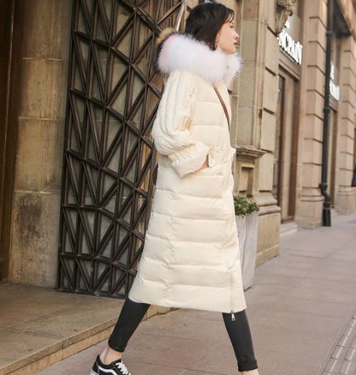 适合胖MM穿的宽松格子毛呢外套:显瘦又优雅