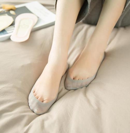 穿高跟鞋怕磨脚 冰丝隐形船袜让你做魅力女神