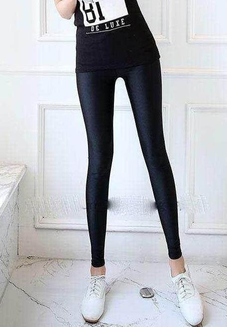 修身韩版牛仔裤让你身材更修长:楚楚动人(图)