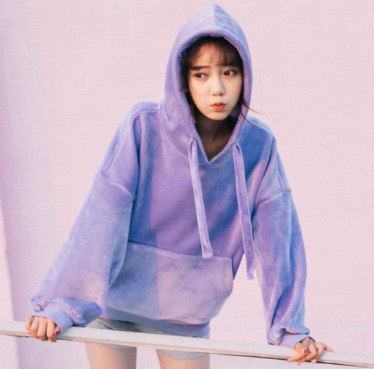 今年最流行的紫色卫衣 你买了吗