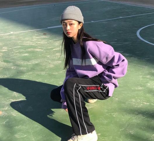 春季流行香芋紫 紫色卫衣搭配很出彩(图)
