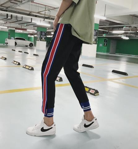 教你如何穿出大长腿:九分裤真的好看又好穿