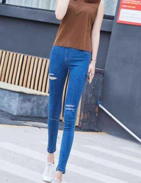 紧身裤让你拥有性感与时尚:潮流单品不负你的美丽