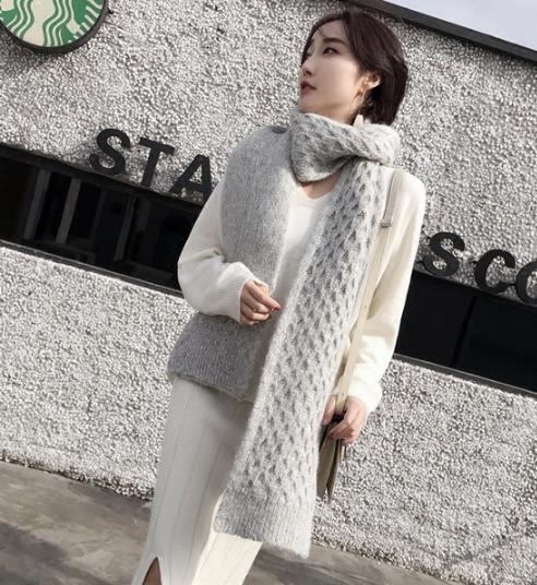 2018开春毛衣的流行趋势:彰显时尚潮流