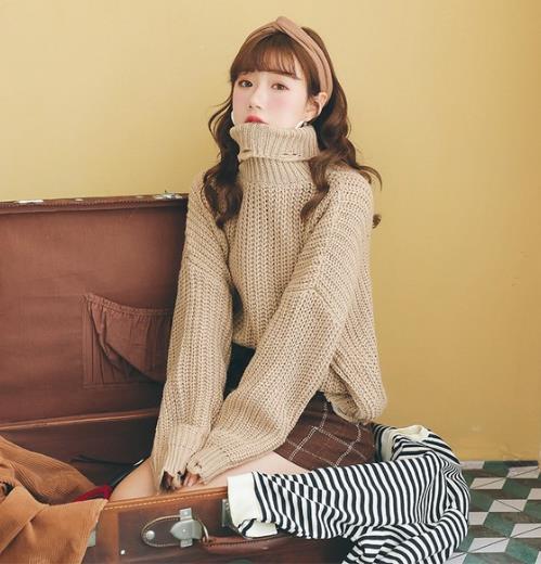 2018春季最流行高领宽松针织衫 你们入手了吗