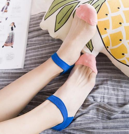 丝袜的诱惑 玻璃水晶丝袜搭配推荐(图)