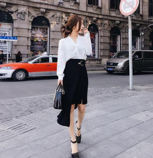 这个春季流行大牌风范的半身裙:高贵优雅(图)