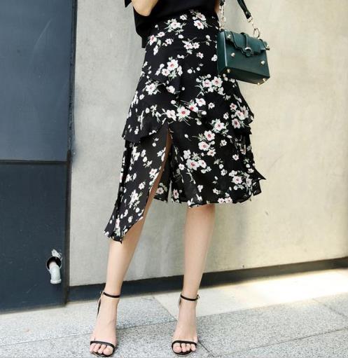 早春最流行高腰开叉半身裙搭配:打造性感曲线