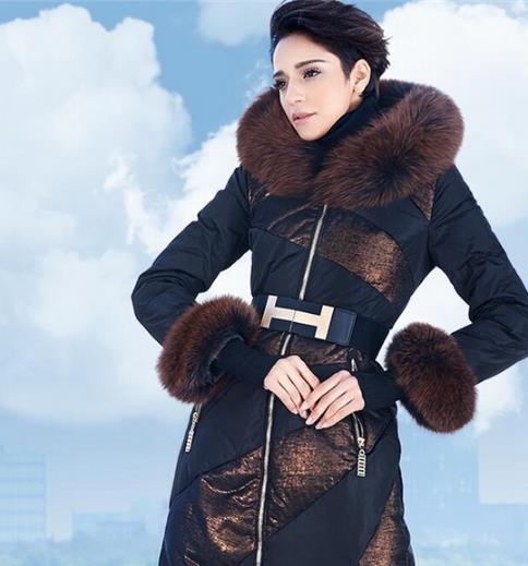 如何挑选羽绒服 这几款羽绒服时尚最流行