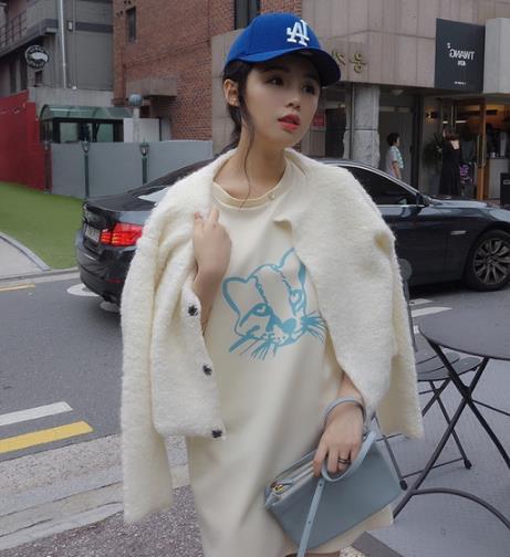 秋冬必备单品时髦外套 韩范外套就要这么穿