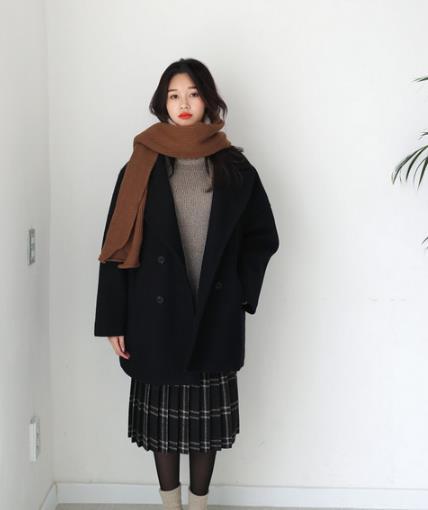 大衣如何选择内搭 彰显时髦品味大衣内搭示范