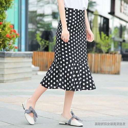 雪纺纱大圆点短裙